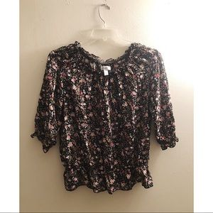 Dressbarn / Floral Ruffle Rouged Blouse